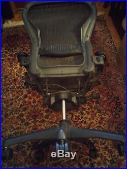 043 Herman Miller Aeron Office Chair Black With Black BAse Adjustable Arms