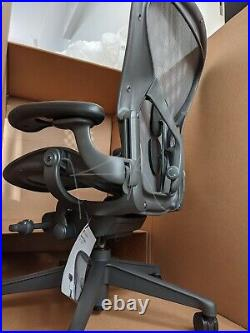 Aeron Office Chair Herman Miller Remastered Sz B ALL Graphite-Based BRAND NEW