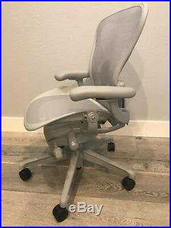 BRAND NEW AERON CHAIRS (2019) by Herman Miller REMASTERED EDITION SIZE A