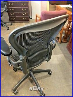 EXECUTIVE CHAIR by HERMAN MILLER AERON SIZE B FULLY LOADED with NEW ARMS PADS