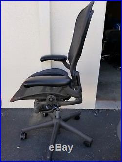 HERMAN MILLER AERON Mesh Office Task Chair Medium Size B FULLY LOADED