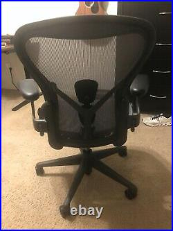Hereman Miller Aeron Remastered (2020) Size B, Fully Loaded, excellent condition