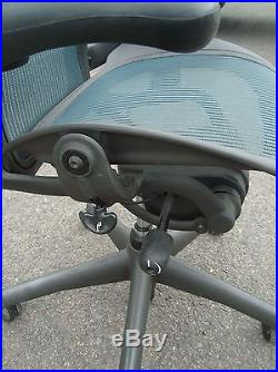 Herman Miller AERON Chair Fully Featured In Jade Green Color Size B