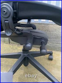 Herman Miller Aeron Chair BLACK GAMING MODEL 2020 Size C LARGE