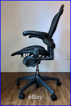 Herman Miller Aeron Chair Graphite Size C with Lumbar & Tilt Limiter