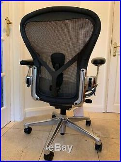 Herman Miller Aeron Chair Size B 2019 Model Remastered RRP £1300 CHROME