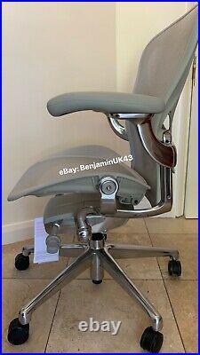 Herman Miller Aeron Chair Size B 2021 Remastered MINERAL GREY Polished Aluminium
