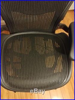 Herman Miller Aeron Chair Size B Black Color