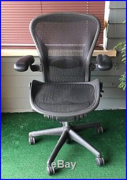 Herman Miller Aeron Chair Size B Eames Era