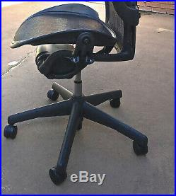 Herman Miller Aeron Chair Size B FULLY LOADED AE123AFB LEATHER Arms EUC