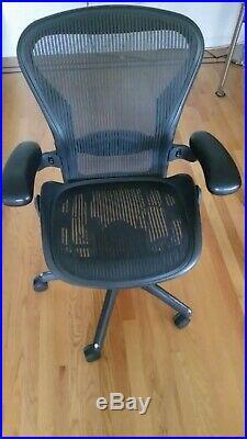 Herman Miller Aeron Chair Size B Fully Adjustable & Lumbar Support -Black