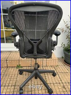 Herman Miller Aeron Chair Size C LARGE & Fully Loaded Excellent Condition