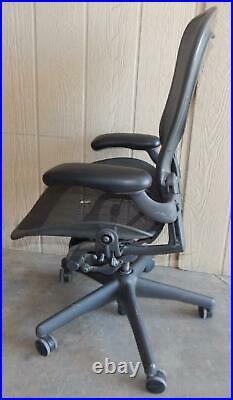 ^^ Herman Miller Aeron Chair Size Large- Black (hm-32)