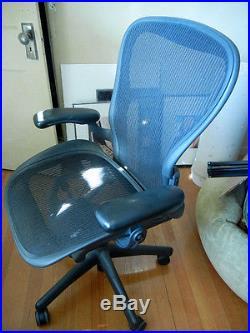 Herman Miller Aeron Chair large No Lumbar Support