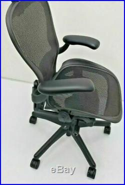 Herman Miller Aeron Classic Chair Size C Carbon Fully Adjustable Lumbar
