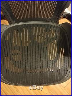 Herman Miller Aeron Desk Chair Medium Size B fully adj with lumbar