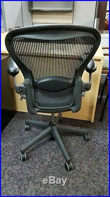 Herman Miller Aeron Ergonomic Chair Size B