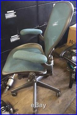 Herman Miller Aeron Mesh Chair Large C fully adjustable lumbar green turquoise