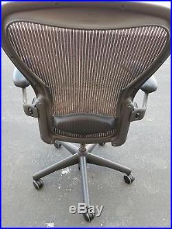 Herman Miller Aeron Mesh Chair Medium SIZE B fully adjustable lumbar & arms