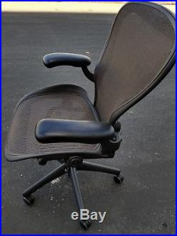 Herman Miller Aeron Mesh Chair Medium SIZE C fully adjustable lumbar & arms
