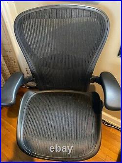 Herman Miller Aeron Mesh Desk Chair Medium Size B Fully Adjustable