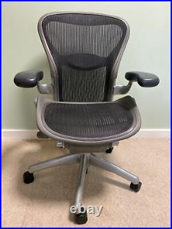 Herman Miller Aeron Office Chair Black Mesh Lumbar Support Size B