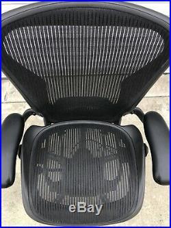 Herman Miller Aeron Office Chair Black, Size B