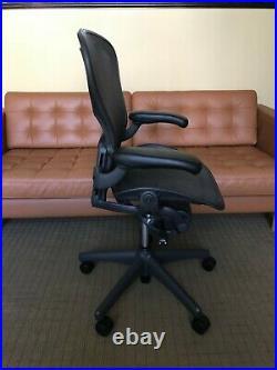 Herman Miller Aeron Office Chair Black, Size B. Fully Adjustable w Lumbar