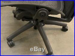 Herman Miller Aeron Office Chair Black fully adjustable size b PostureFit
