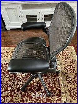 Herman Miller Aeron Office Chair Graphite Size A