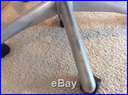 Herman Miller Aeron Office Chair (Light gray/ silver) Size B