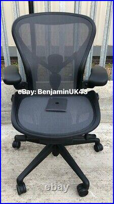 Herman Miller Aeron Remastered Chair GAMING MODEL Size B 2021 New with Tags