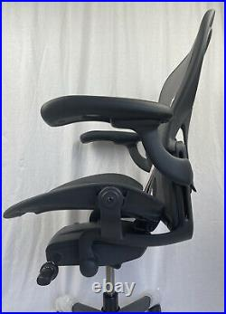Herman Miller Aeron Remastered Chair Graphite Size B Fully Loaded 2020 Brand New