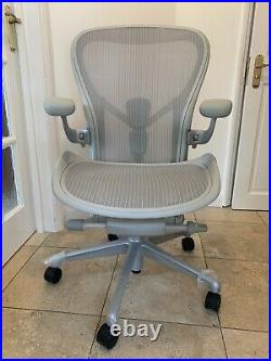 Herman Miller Aeron Remastered Chair Mineral Grey Fully Loaded Size C LARGE