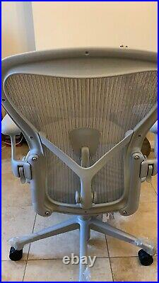 Herman Miller Aeron Remastered Chair Mineral Grey Size B Fully Loaded 2020