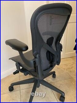 Herman Miller Aeron Remastered Chair Size B Fully Loaded 2020 Model Graphite
