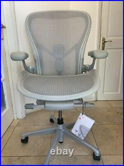 Herman Miller Aeron Remastered Chair Size C Large 2020 Fully Loaded New GREY