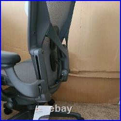Herman Miller Aeron Remastered Standard Chair Mesh Rest size b Office chair