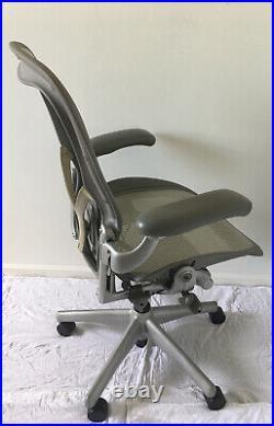 Herman Miller Aeron Titanium (Silver/Grey) PostureFit Mesh Chair Large Size C