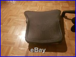 Herman Miller Aeron remastered Mesh Desk Chair Medium Size B fully posture fit