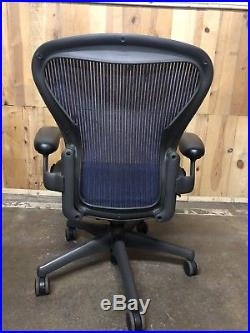 Herman Miller Classic Aeron Chair Size B Medium Basic Modem Graphite Frame
