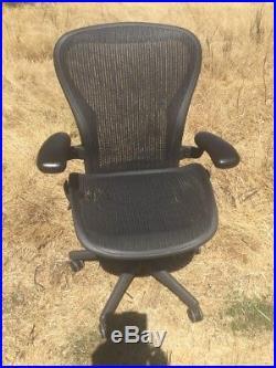 Herman Miller Classic Aeron Chair Size C