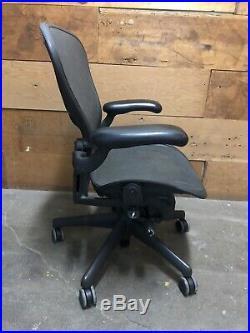 Herman Miller Classic Aeron Office Chair Fully loaded B Medium Size
