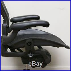 Herman Miller Classic Aeron Task Chair Standard Tilt Fixed Vinyl Arms Stand
