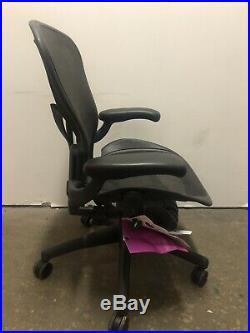 Herman Miller Classic Aeron chair Size B Medium New