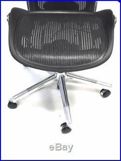 Herman Miller Classic Executive Size C Lumbar Support Aeron Chair