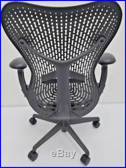 Herman Miller MIRRA black Chair SEMI ADJUSTABLE 2014 model NICE! Aeron eames