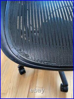 (NYC) Herman Miller Aeron Office Chair Black (2)