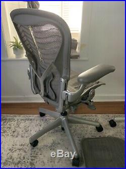 TWO Herman Miller Aeron Office Chair Graphite, Size B